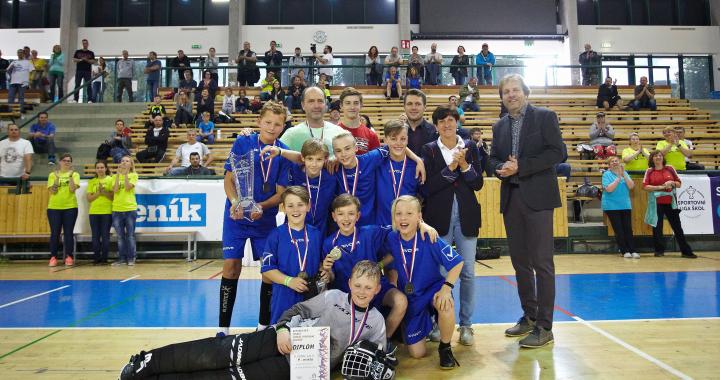 Foto: Historicky první republikové finále ve florbalu kategorie SLZŠ Junior ovládla Opava